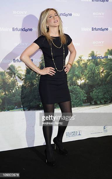 Actress Jennifer Aniston attends the 'Meine Erfundene Frau' Photocall at Hotel Adlon on February 21 2011 in Berlin Germany