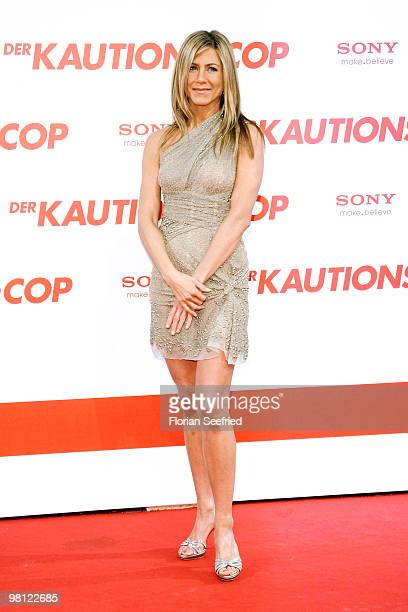 Actress Jennifer Aniston attends the premiere of 'Der KautionsCop' at CineMaxx at Potsdam Place on March 29 2010 in Berlin Germany