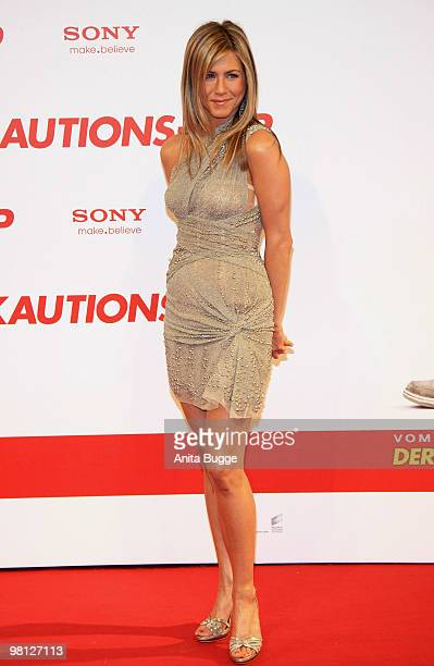 Actress Jennifer Aniston attends the premiere of 'Der KautionsCop' Germany Premiere at the Cinemaxx movie theater on March 29 2010 in Berlin Germany