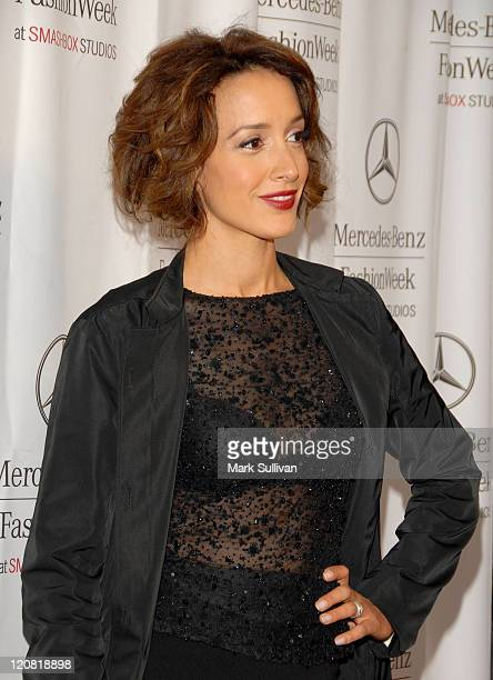 Actress Jennifer Beals arrives at the Spring 2008 Mercedes Benz Los Angeles Fashion Week held at Smashbox Studios on October 15 2007 in Culver City...