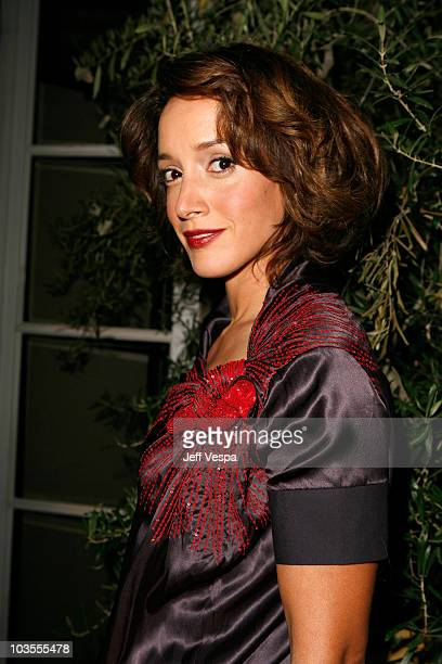 Actress Jennifer Beals arrives to ELLE Magazine's 14th Annual Women In Hollywood at the four seasons hotel on October 15, 2007 in Beverly Hills,...