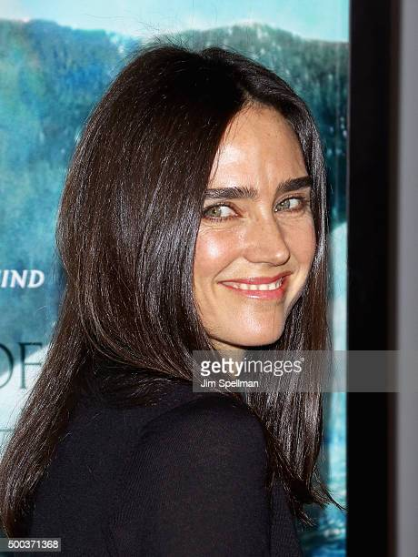 Actress Jennifer Connelly attends the In The Heart Of The Sea New York premiere at Frederick P Rose Hall Jazz at Lincoln Center on December 7 2015 in...