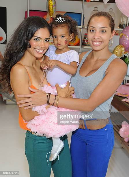 Actress Jennifer Freeman throws a birthday party for her daughter Isabella Watson with Melanie Hervey at The COOP on October 22 2011 in Studio City...