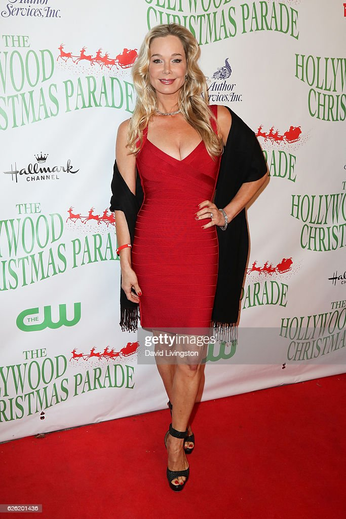 Actress Jennifer Gareis arrives at the 85th Annual Hollywood Christmas Parade on November 27, 2016 in Hollywood, California.