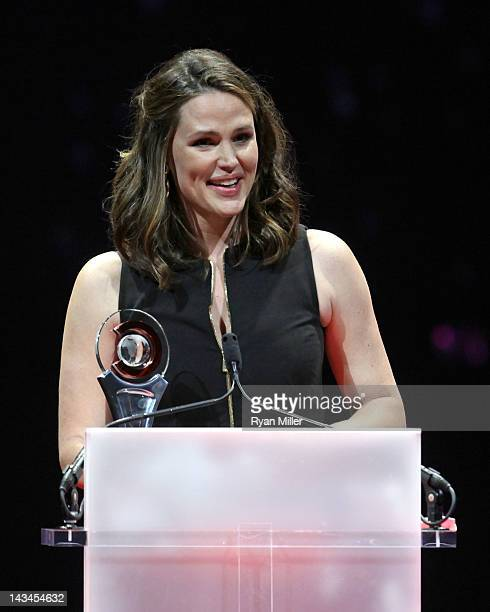 Actress Jennifer Garner accepts the Female Star of the Year at the CinemaCon awards ceremony at The Colosseum at Caesars Palace during CinemaCon the...