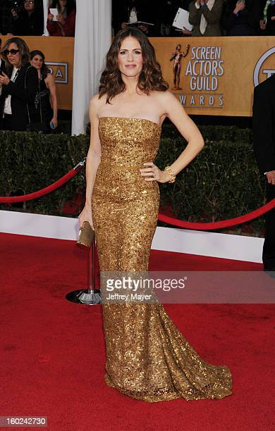 Actress Jennifer Garner arrives at the 19th Annual Screen Actors Guild Awards at The Shrine Auditorium on January 27 2013 in Los Angeles California