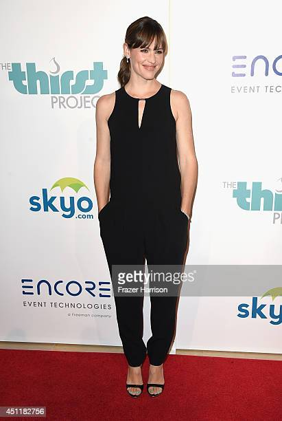Actress Jennifer Garner arrives at the 5th Annual Thirst Gala Hosted By Jennifer Garner In Partnership With Skyo And Relativity's 'Earth To Echo' at...