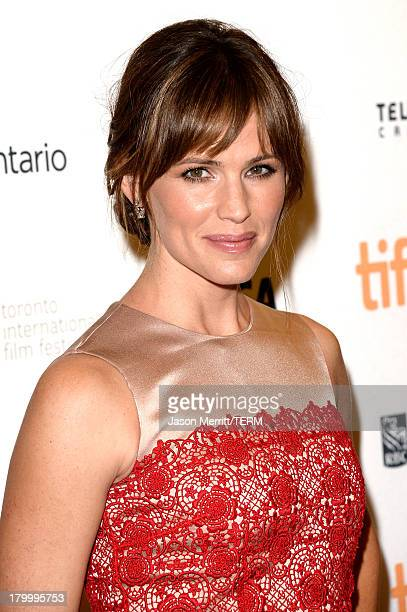 Actress Jennifer Garner arrives at the Dallas Buyers Club premiere during the 2013 Toronto International Film Festival at Princess of Wales Theatre...