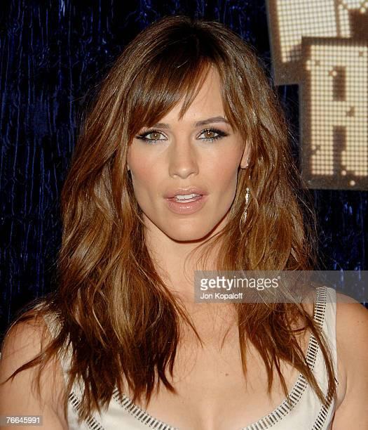 Actress Jennifer Garner arrives at the MTV Video Music Awards in the Palms Casino Resort on September 9, 2007 in Las Vegas, Nevada.