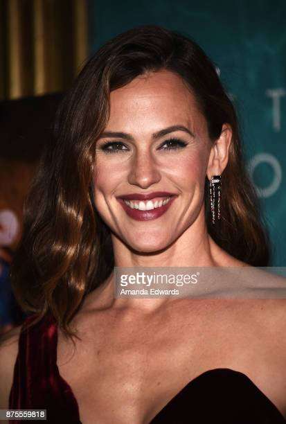 Actress Jennifer Garner arrives at the premiere of IFC Films' 'The Tribes Of Palos Verdes' at The Theatre at Ace Hotel on November 17 2017 in Los...