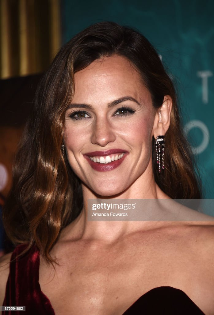 Actress Jennifer Garner arrives at the premiere of IFC Films' 'The Tribes Of Palos Verdes' at The Theatre at Ace Hotel on November 17, 2017 in Los Angeles, California.