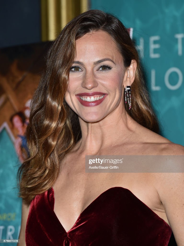 Actress Jennifer Garner arrives at the premiere of 'The Tribes of Palos Verdes' at The Theatre at Ace Hotel on November 17, 2017 in Los Angeles, California.