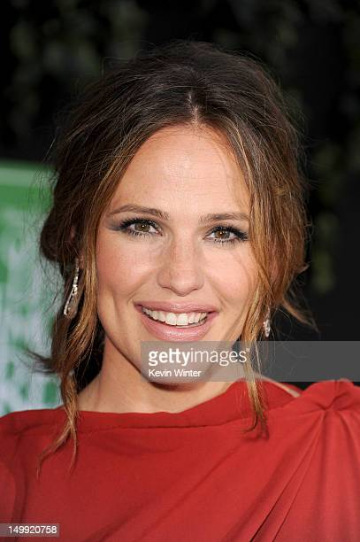 Actress Jennifer Garner arrives at the premiere of Walt Disney Pictures' The Odd Life of Timothy Green at the El Capitan Theatre on August 6 2012 in...