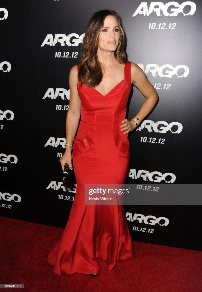 """Premiere Of Warner Bros. Pictures' """"Argo"""" - Red Carpet : Nachrichtenfoto"""