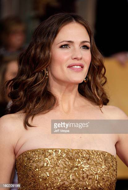 Actress Jennifer Garner arrives at the19th Annual Screen Actors Guild Awards held at The Shrine Auditorium on January 27 2013 in Los Angeles...