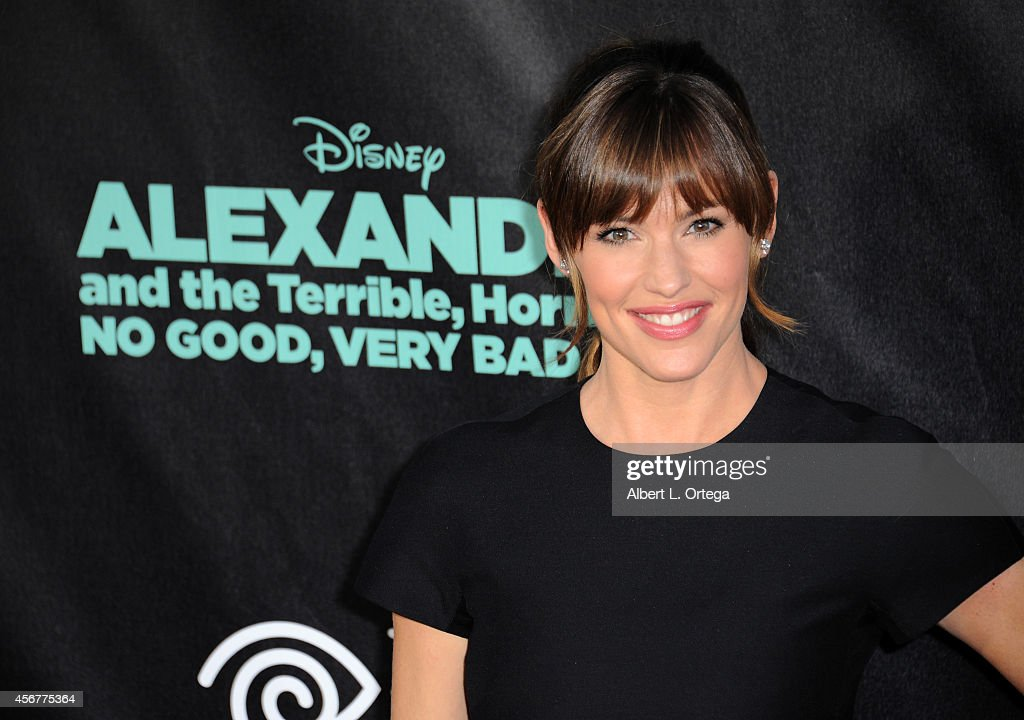 Actress Jennifer Garner arrives for the Premiere Of Disney's 'Alexander And The Terrible, Horrible, No Good, Very Bad Day' held at the El Capitan Theatre on October 6, 2014 in Hollywood, California.
