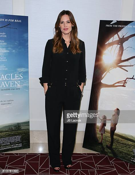 Actress Jennifer Garner attends Sony Pictures releasing's 'Miracles From Heaven' photo call on March 4 2016 in West Hollywood California