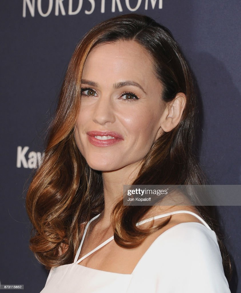 Actress Jennifer Garner attends the 2017 Baby2Baby Gala at 3LABS on November 11, 2017 in Culver City, California.