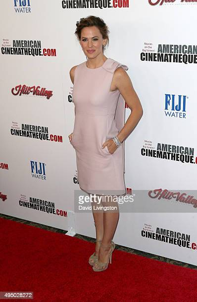 Actress Jennifer Garner attends the 29th American Cinematheque Award Honoring Reese Witherspoon - Arrivals at the Hyatt Regency Century Plaza on...