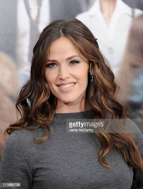 Actress Jennifer Garner attends the New York premiere of Arthur at the Ziegfeld Theatre on April 5 2011 in New York City