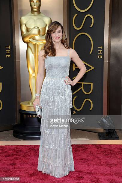 Actress Jennifer Garner attends the Oscars held at Hollywood & Highland Center on March 2, 2014 in Hollywood, California.