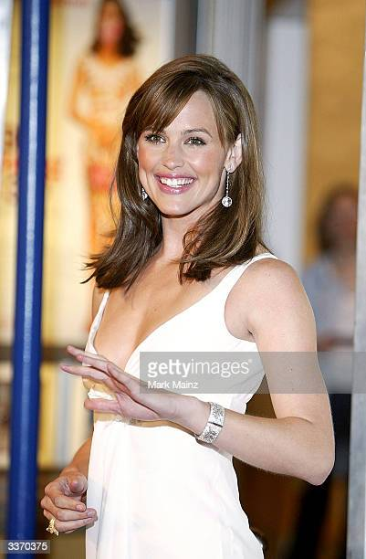 "Actress Jennifer Garner attends the premiere of the film ""13 Going on 30"" at the Mann Village Theater on April 14, 2004 in Los Angeles, California."