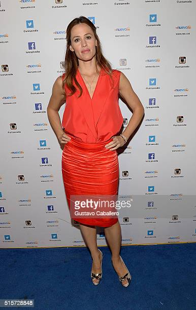 Actress Jennifer Garner is on The Set Of Telemundo's 'Uno Nuevo Dia' at Telemundo Studio on March 15 2016 in Miami Florida