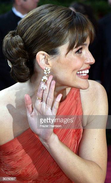Actress Jennifer Garnern attends the 76th Annual Academy Awards at the Kodak Theater on February 29 2004 in Hollywood California