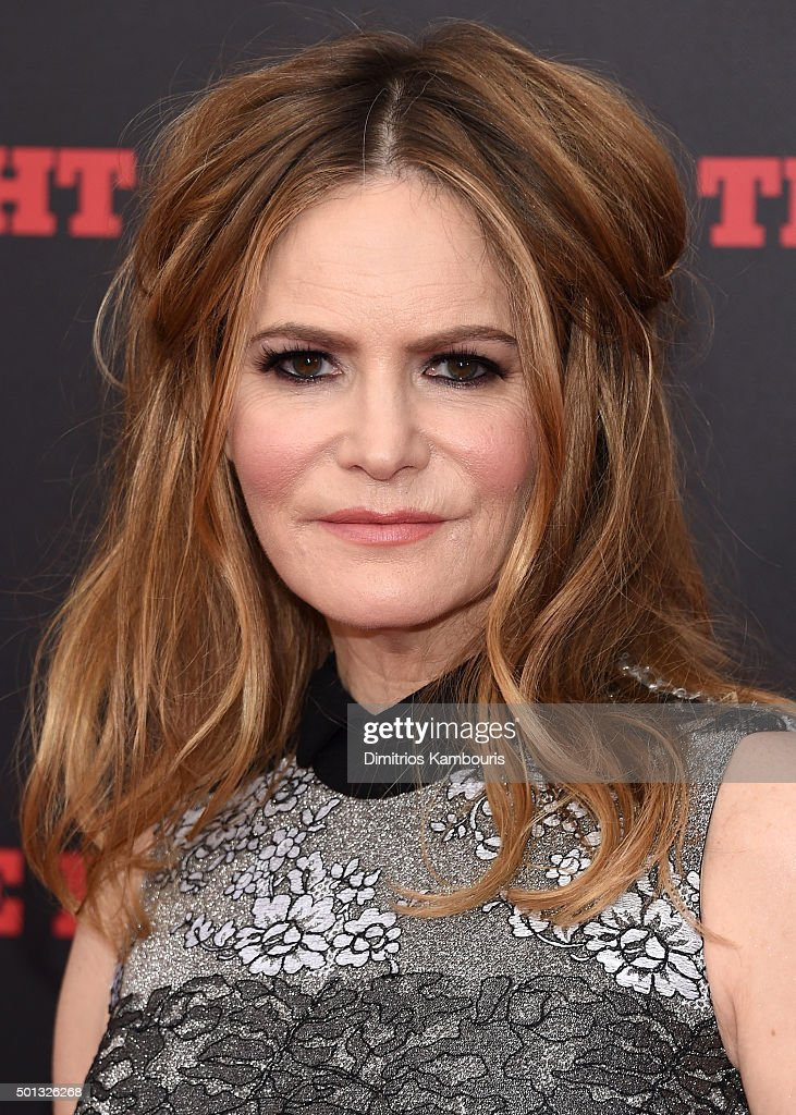Actress Jennifer Jason Leigh attends the New York premiere of 'The Hateful Eight' on December 14, 2015 in New York City.