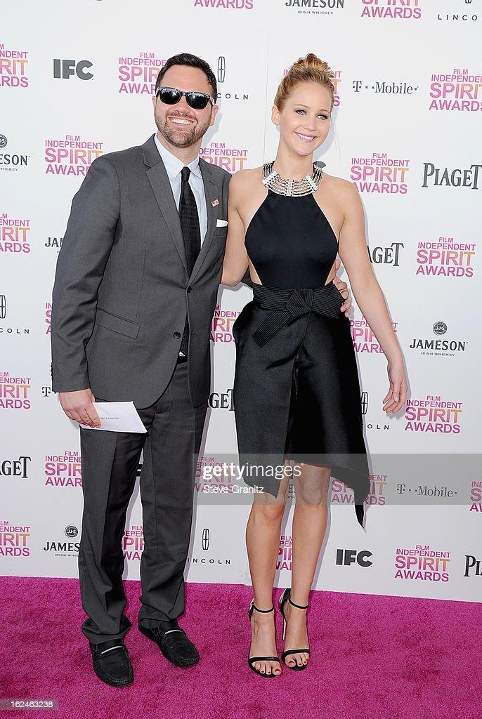 Wie is dating Jennifer Lawrence 2013