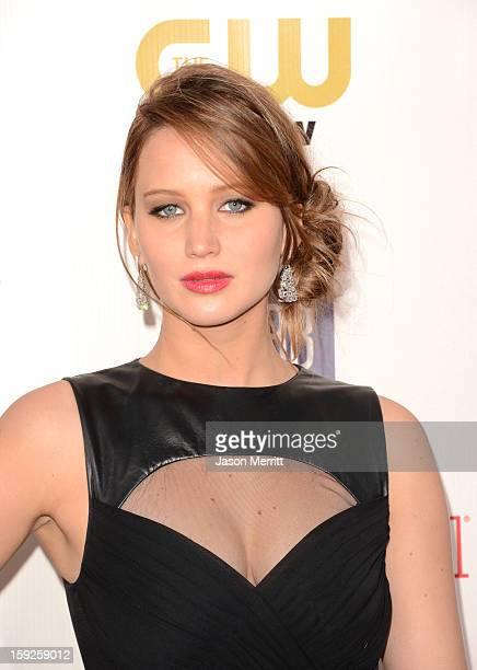 Actress Jennifer Lawrence arrives at the 18th Annual Critics' Choice Movie Awards held at Barker Hangar on January 10, 2013 in Santa Monica,...