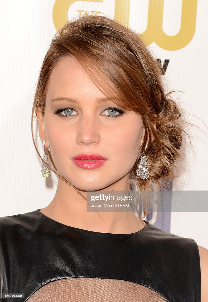 Actress Jennifer Lawrence arrives at the 18th Annual Critics' Choice Movie Awards held at Barker Hangar on January 10, 2013 in Santa Monica, California.