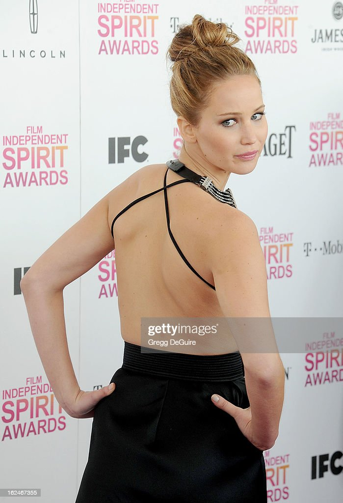 Actress Jennifer Lawrence arrives at the 2013 Film Independent Spirit Awards at Santa Monica Beach on February 23, 2013 in Santa Monica, California.