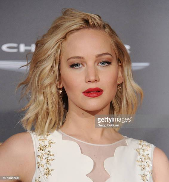 Actress Jennifer Lawrence arrives at the premiere of Lionsgate's The Hunger Games Mockingjay Part 2 at Microsoft Theater on November 16 2015 in Los...