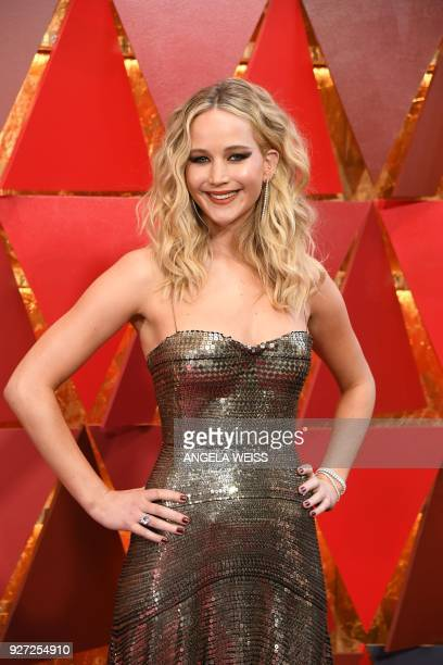 US actress Jennifer Lawrence arrives for the 90th Annual Academy Awards on March 4 in Hollywood California / AFP PHOTO / ANGELA WEISS