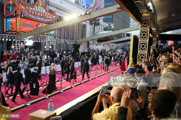 US actress Jennifer Lawrence arrives on the red carpet for the 88th Oscars on February 28 2016 in Hollywood California LACROIX / The erroneous...