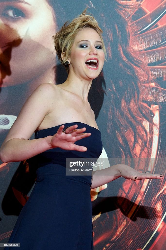 Actress Jennifer Lawrence attenda the Spanish premiere of the film 'The Hunger Games - Catching Fire' (Los Juegos Del Hambre: En Llamas) at the Callao cinema on November 13, 2013 in Madrid, Spain.