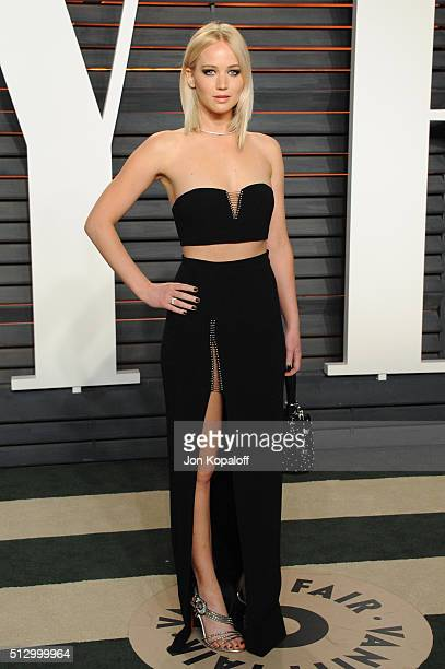 Actress Jennifer Lawrence attends the 2016 Vanity Fair Oscar Party hosted By Graydon Carter at Wallis Annenberg Center for the Performing Arts on...
