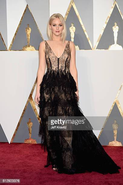 Actress Jennifer Lawrence attends the 88th Annual Academy Awards at Hollywood & Highland Center on February 28, 2016 in Hollywood, California.