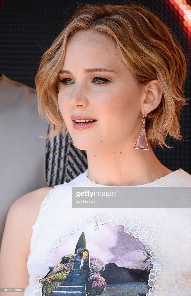 """The Hunger Games: Mockingjay Part 1"" Photocall - The 67th Annual Cannes Film Festival : News Photo"