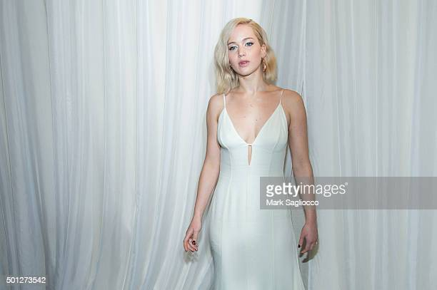 """Actress Jennifer Lawrence attends the """"Joy"""" New York premiere at the Ziegfeld Theater on December 13, 2015 in New York City."""