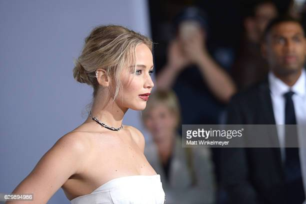 Actress Jennifer Lawrence attends the premiere of Columbia Pictures' 'Passengers' at Regency Village Theatre on December 14, 2016 in Westwood,...
