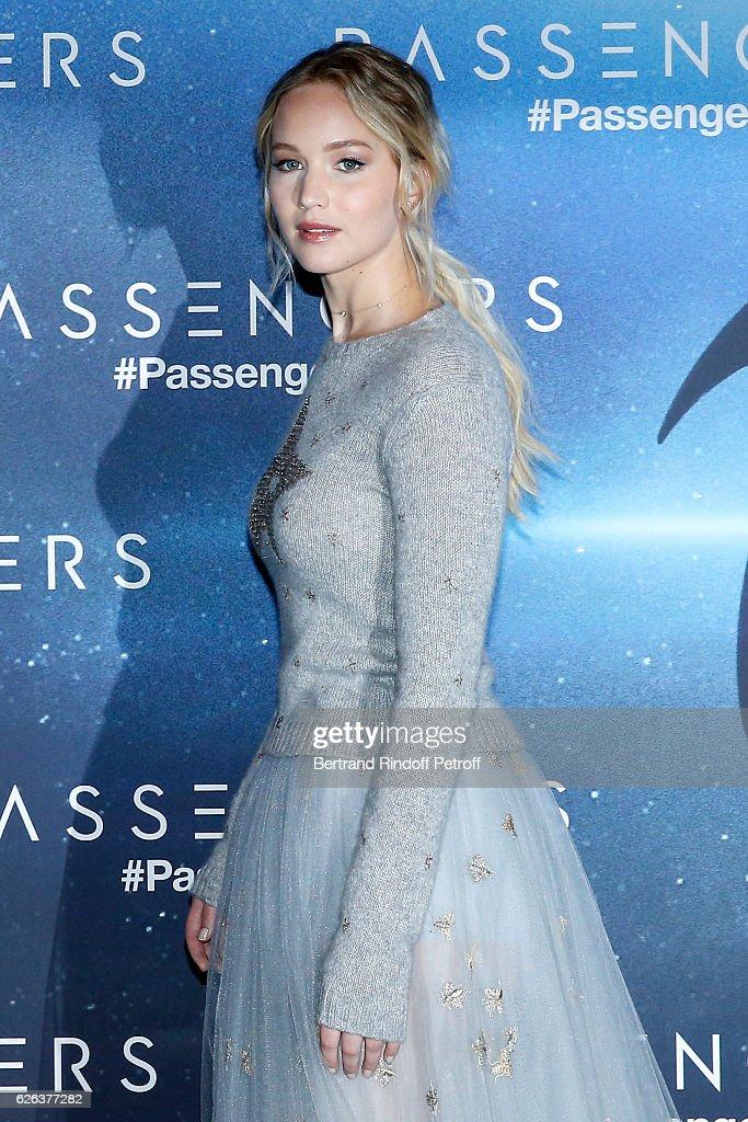 """Passengers"" Paris Photocall At Hotel Georges V : ニュース写真"