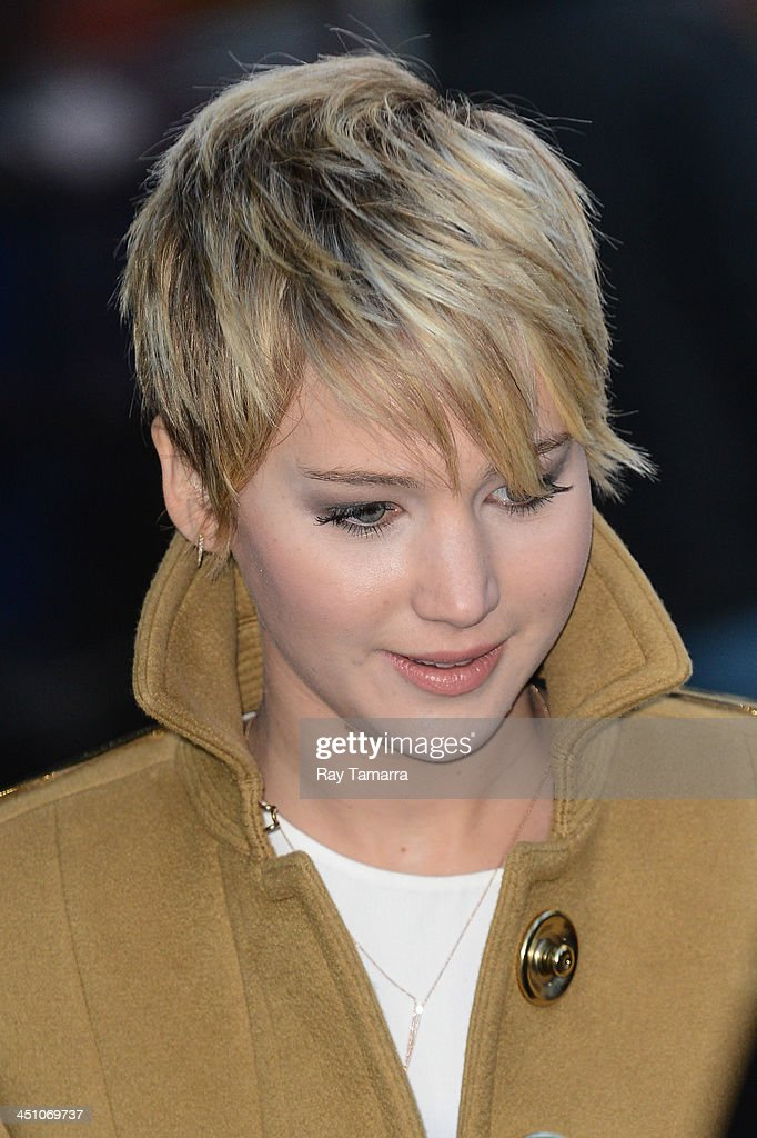 Actress Jennifer Lawrence leaves the 'Good Morning America' taping at the ABC Times Square Studios on November 21, 2013 in New York City.