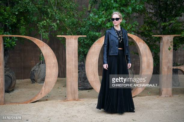US actress Jennifer Lawrence poses during a photo call prior to the Maison Dior fashion show during the Women's SpringSummer 2020 ReadytoWear...