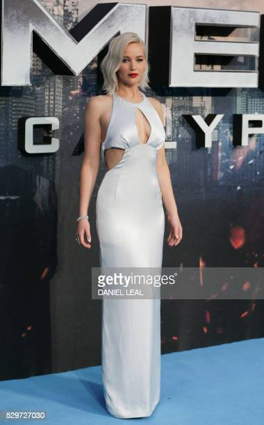 US actress Jennifer Lawrence poses on arrival for the premiere of XMen Apocalypse in central London on May 9 2016 / AFP / DANIEL LEALOLIVAS