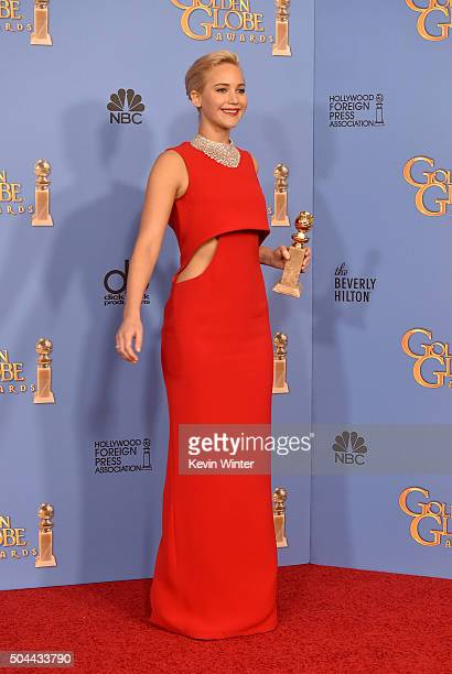 Actress Jennifer Lawrence winner of Best Performance in a Motion Picture Musical or Comedy for 'Joy' poses in the press room during the 73rd Annual...