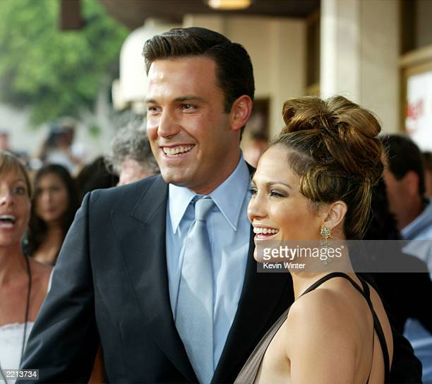 """Actress Jennifer Lopez and actor Ben Affleck attend the premiere of Revolution Studios' and Columbia Pictures' film """"Gigli"""" at the Mann National..."""