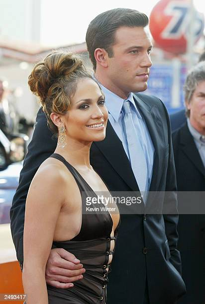Actress Jennifer Lopez and actor Ben Affleck attend the premiere of 'Gigli' at the Mann National Theatre on July 27 2003 in Westwood California Lopez...