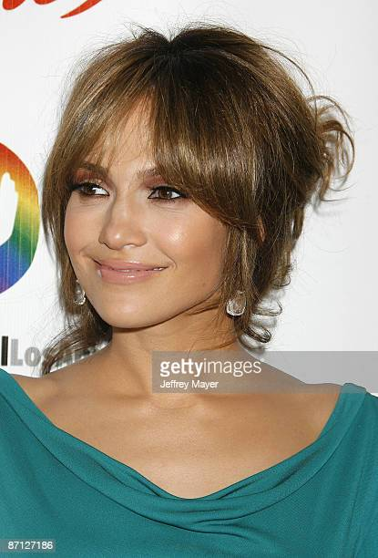Actress Jennifer Lopez arrives at the 3rd Annual Noche de Ninos Gala at The Beverly Hilton Hotel on May 9 2009 in Beverly Hills California